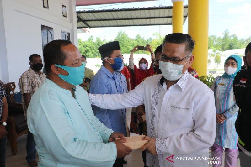 Ketua RT/RW se-Kota Kendari mendapat jaminan BPJS Ketenagakerjaan