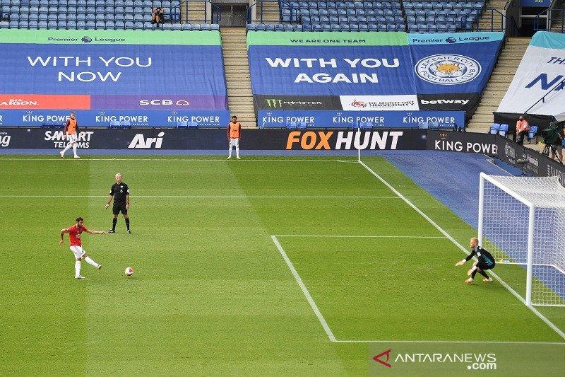 Libas Leicester 2-0, MU melaju ke Liga Champions