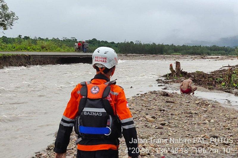 Warga kampung Iwaka dan Trans-Nabire terdampak banjir bandang diungsikan