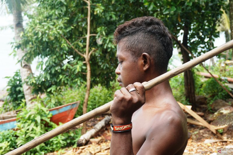 Anak Suku Laut Pulau Lipan