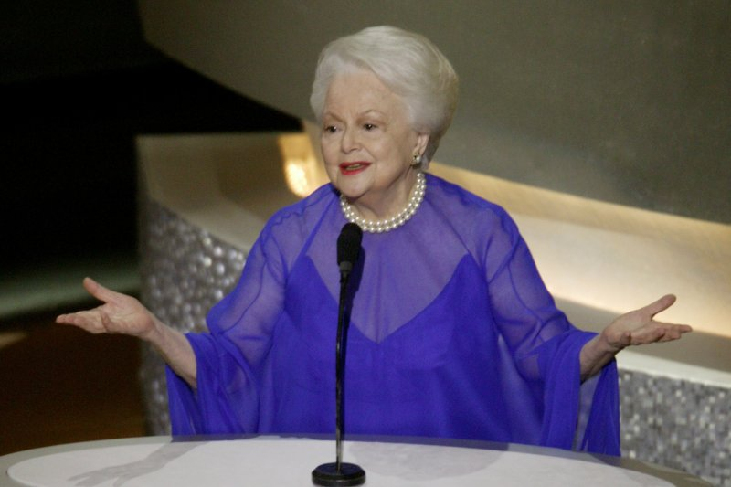 "Olivia de Havilland aktris terakhir dari film  ""Gone With The Wind"" tutup usia"