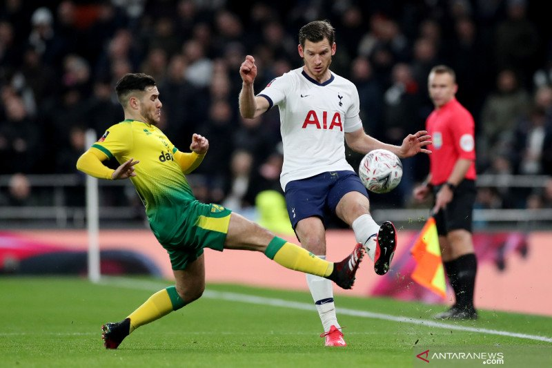 Jan Vertonghen resmi meninggalkan Tottenham Hotspur