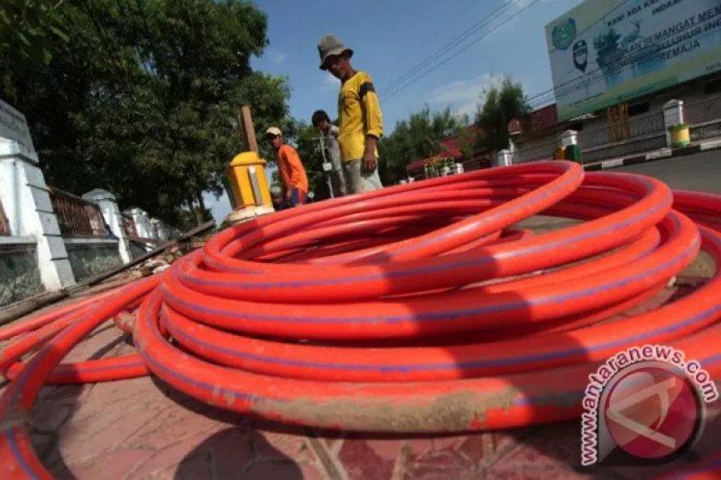 DIY memasang jaringan fiber optik sepanjang 300 km di SMA/SMK dukung PJJ