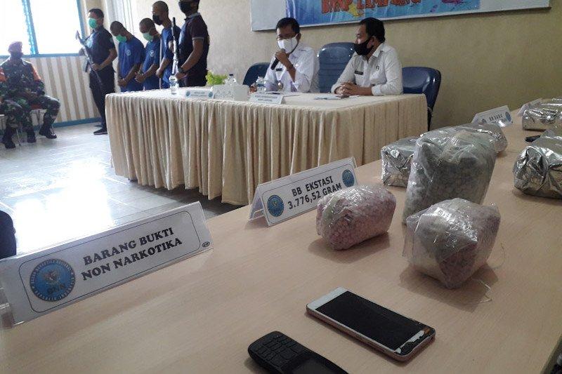 BNNP tangkap tiga pengedar sabu dan ekstasi