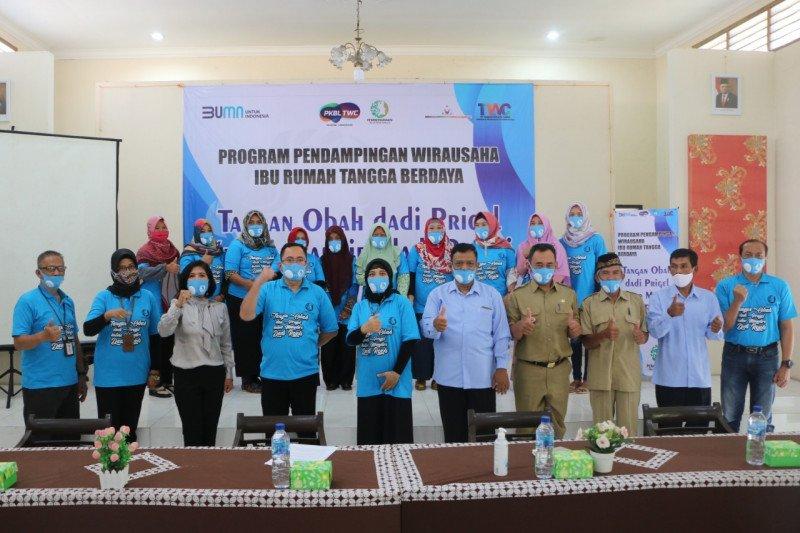 PT TWC meluncurkan program pendampingan pemberdayaan ibu rumah tangga