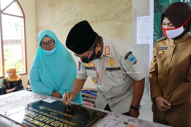 Di Selisun, Gubernur Resmikan Masjid Darul Faidzin