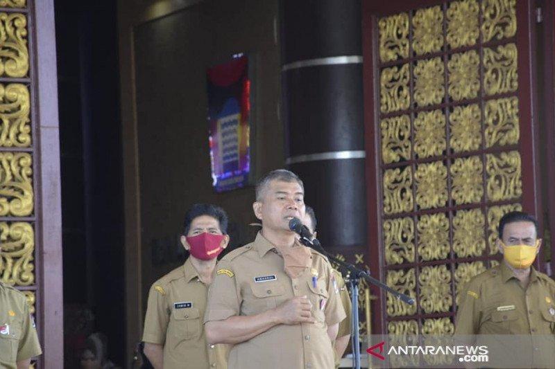 4.856 murid  tamatan SD di Padang yang belum mendaftar ke SMP
