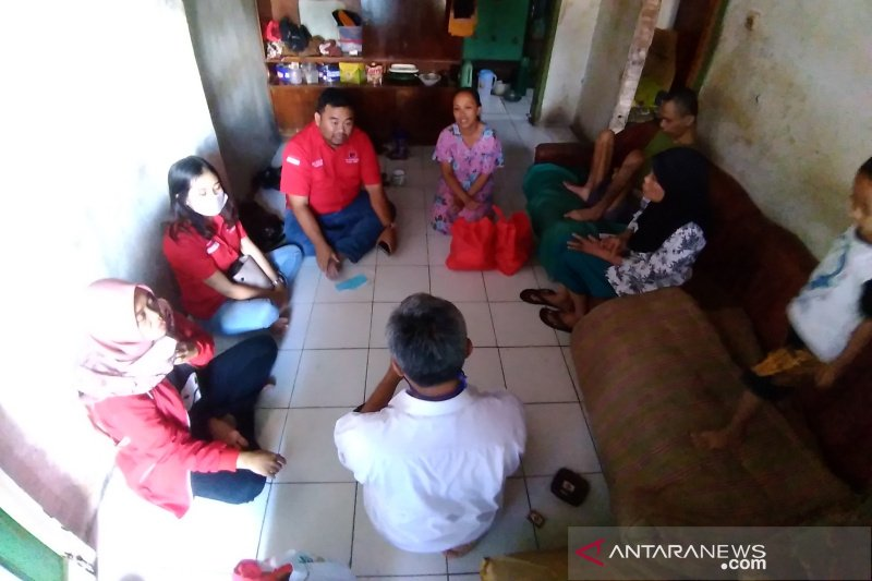 Adik kakak penyandang disabilitas di Kabupaten Garut harapkan bantuan pemerintah