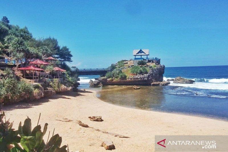 Pemkab Gunung Kidul memprediksi jumlah kunjungan wisatawan melonjak
