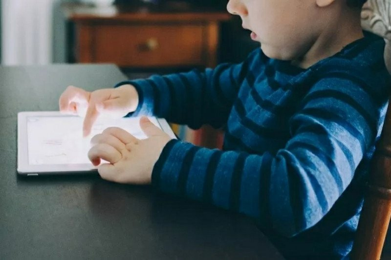 """Belajar dering tetap perlu pembatasan """"screen time"""" anak"""