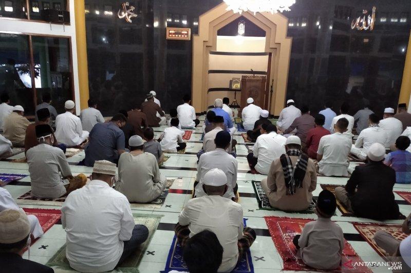 Satgas Cianjur menilai pelaksanaan Shalat id sesuai protokol kesehatan