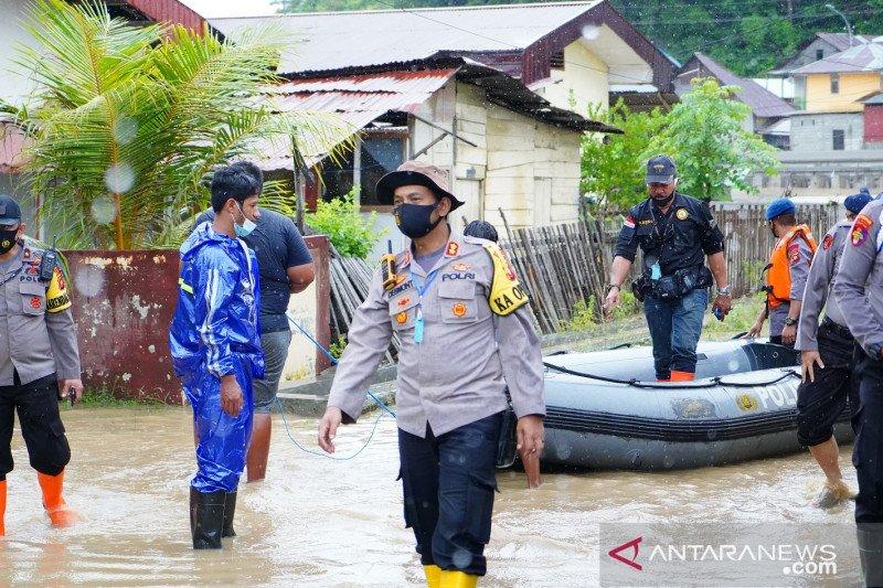 Kompleks asrama polisi di Kota kebanjiran lagi