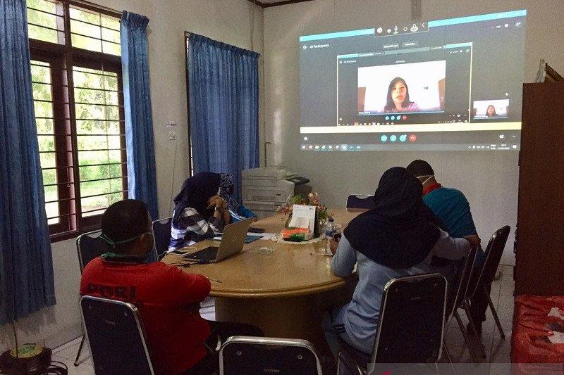200 guru di Sumatera  berpatisipasi lokakarya virtual karhutla