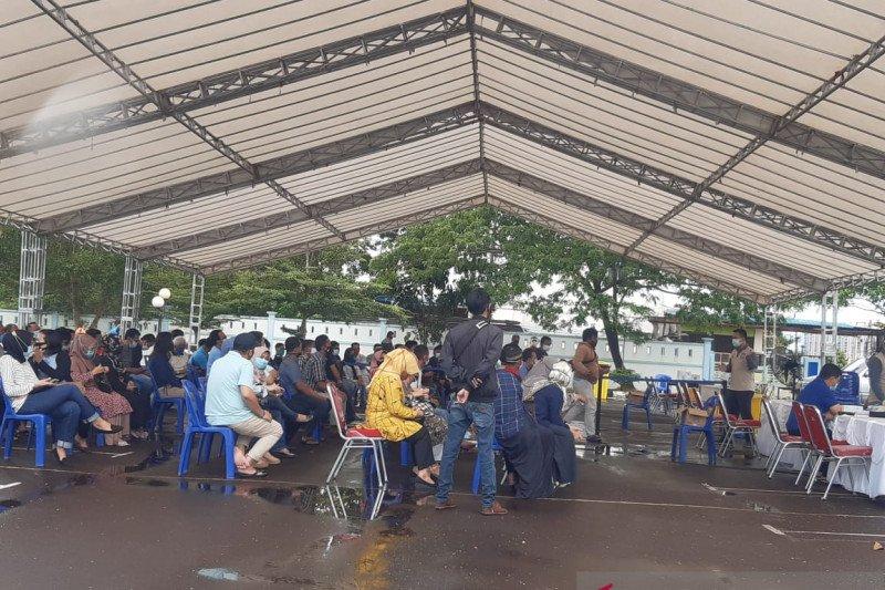 Gubernur Kepulauan Riau Isdianto positif  COVID-19