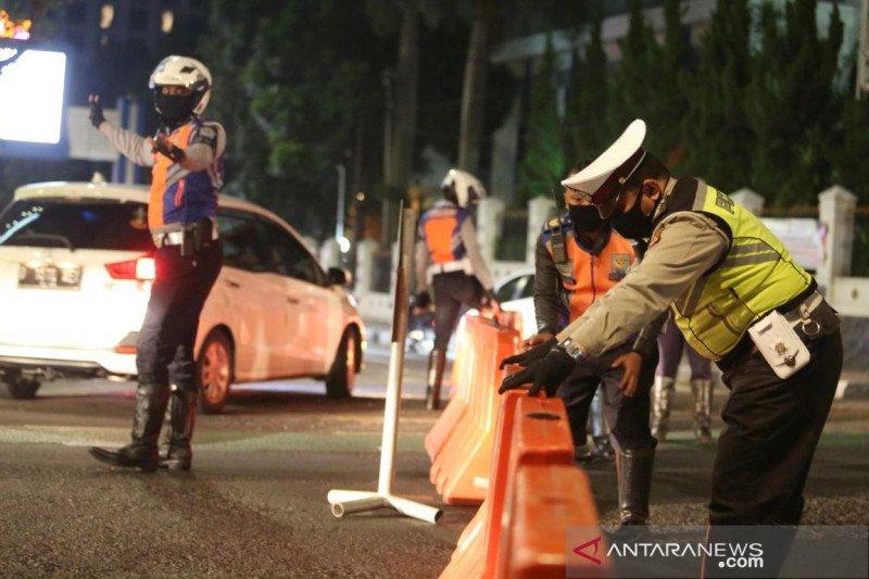Penutupan jalan pada malam hari di Kota Bandung dipercepat saat libur Idul Adha