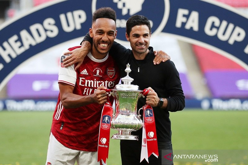Aubameyang beberkan cara Mikel Arteta membujuknya untuk bertahan di Arsenal