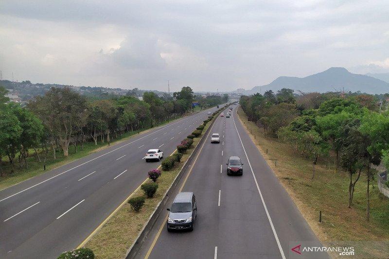 Puncak arus balik jalur selatan ke Bandung terjadi hingga tengah malam
