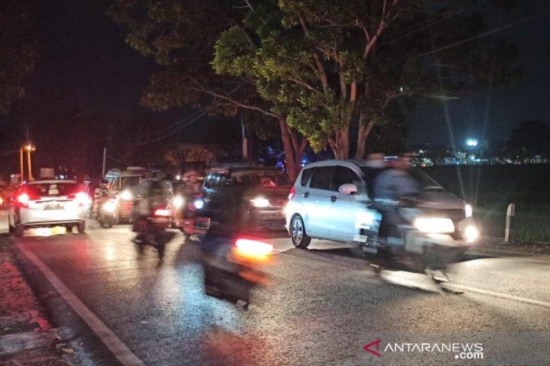 Jalan utama Garut-Bandung macet pada akhir libur Idul Adha