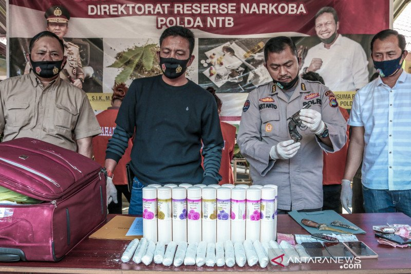 Penyelundup dua kilogram sabu dari Medan berlakon buta
