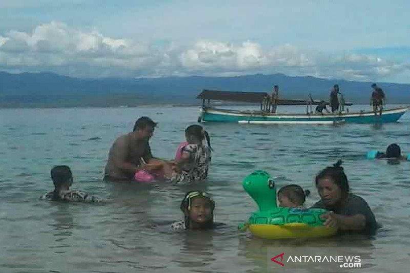 Duh, banyak wisatawan di Sulawesi Tengah abaikan protokol kesehatan
