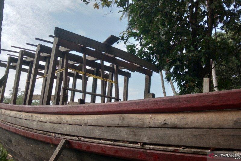 Polisi periksa tukang kayu pembuat kapal sebagai saksi terkait galangan diduga ilegal