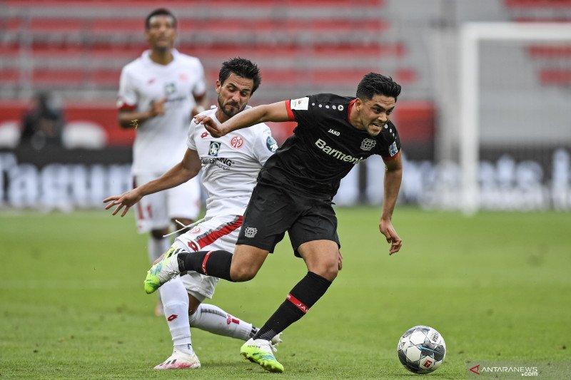 Leverkusen karantina Amiri usai kontak dengan virus corona