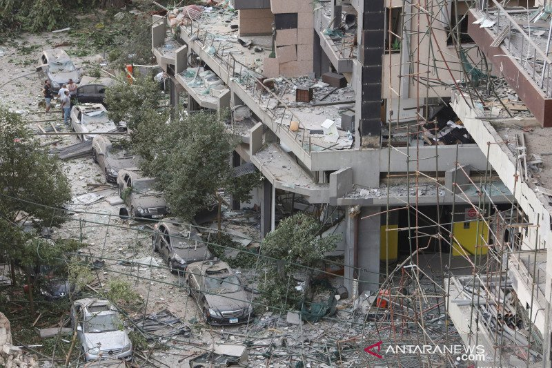Korban jiwa akibat ledakan Beirut bertambah menjadi 135 orang