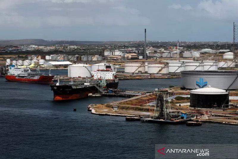 Harga minyak melonjak ke tertinggi dua tahun didukung ekspektasi permintaan