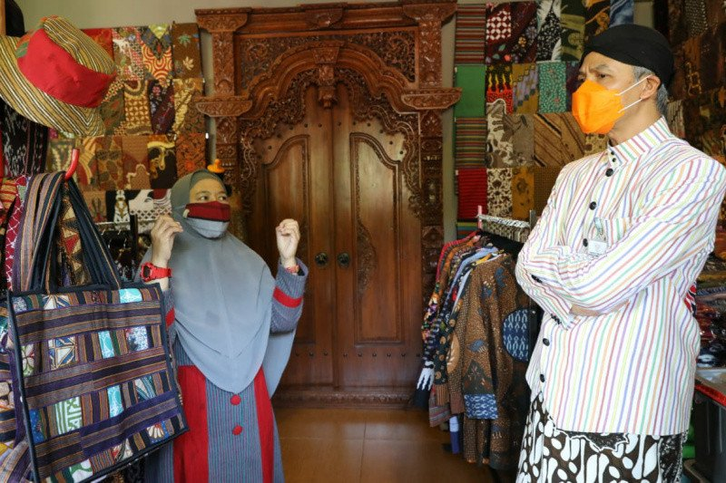 Omzet UMKM batik Salatiga melesat setelah ikut Lapak Ganjar