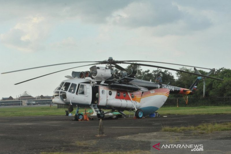 Helicopters drop over 4.6 million liters water in South Sumatra