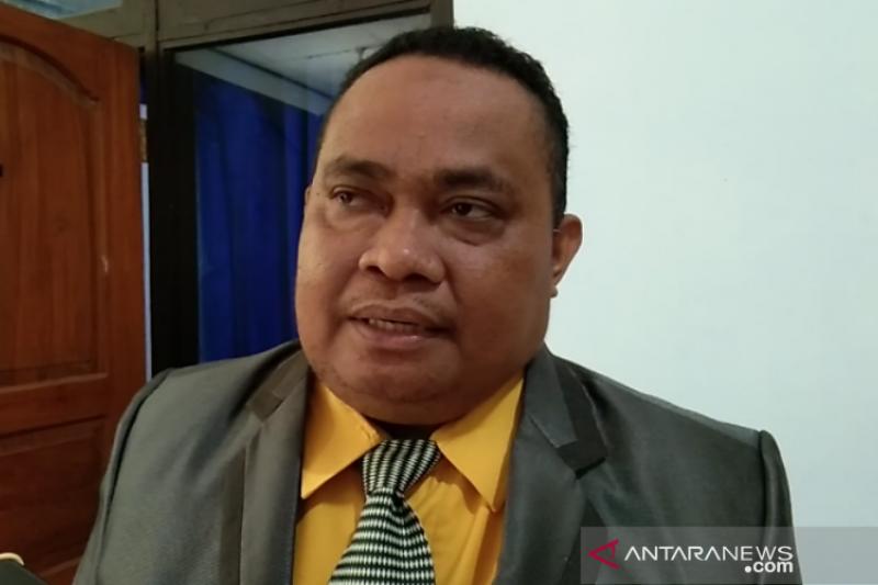 Dekan Farmasi berharap Pemda menyerap tenaga apoteker alumni UHO