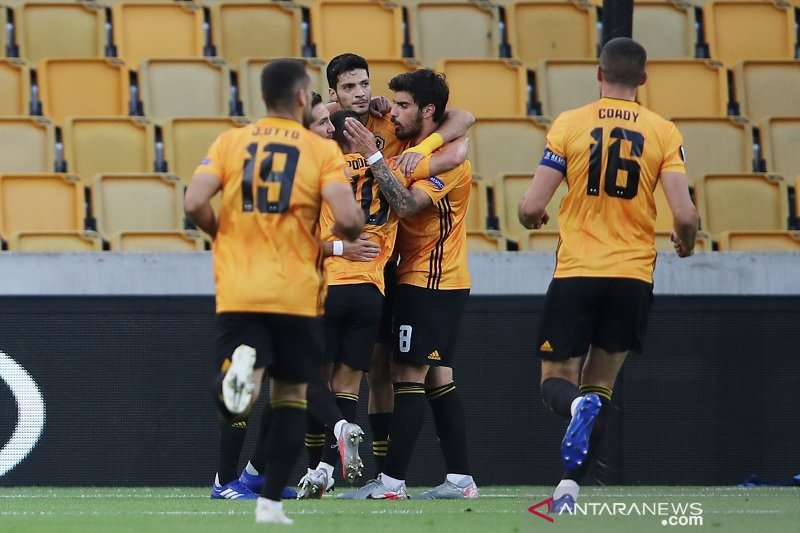 Penalti Jimenez antar Wolverhampton singkirkan Olympiakos
