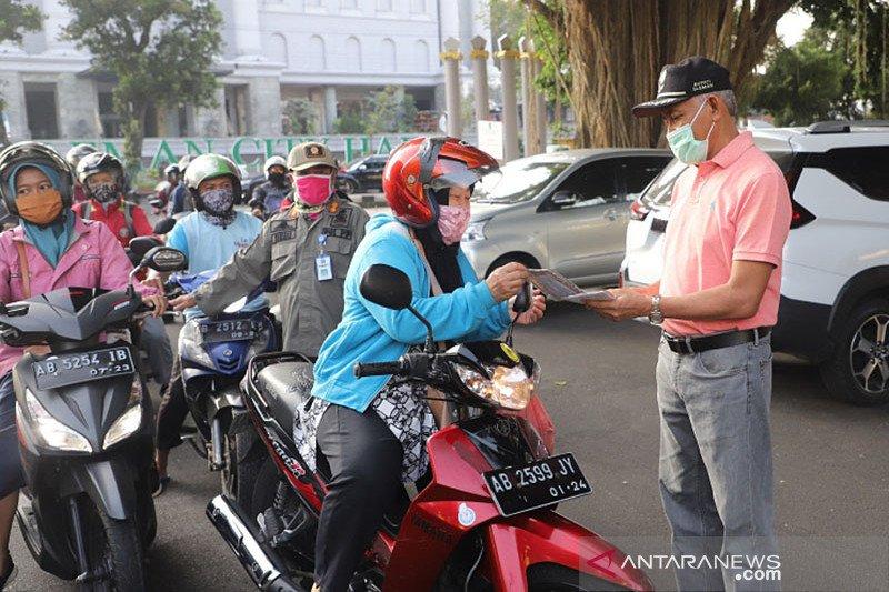 Bupati Sleman minta Karang Taruna sosialisasikan disiplin gunakan masker