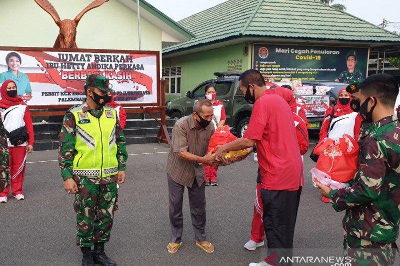 Korem Garuda Dempo salurkan paket sembako Ketua Umum Persit