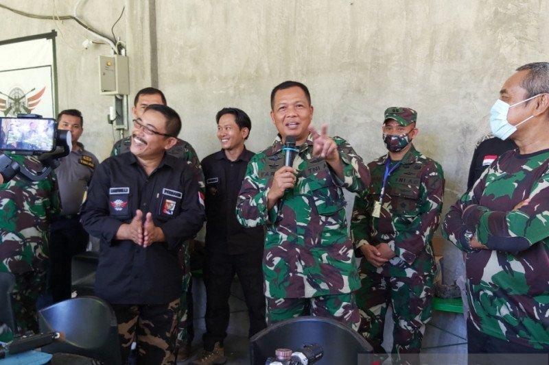 TNI pererat silaturahim dengan jurnalis  di Sulteng