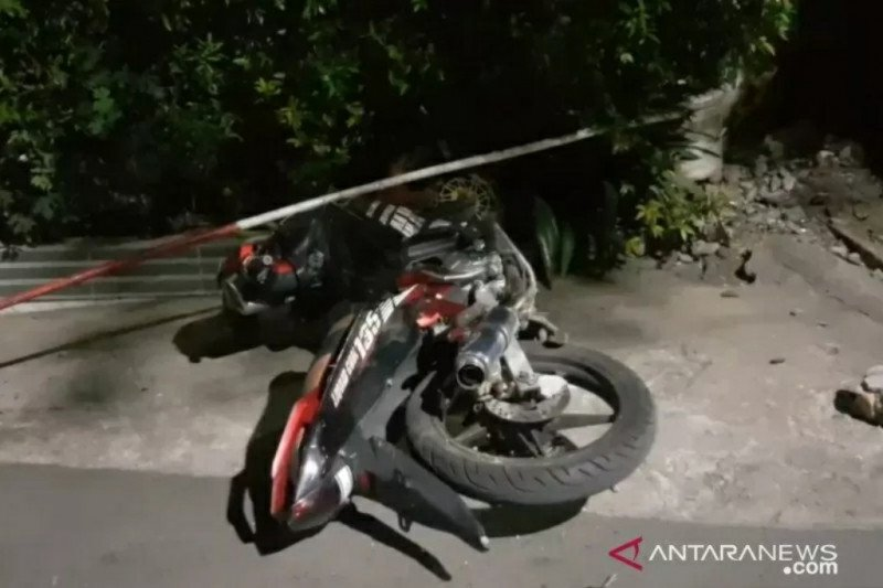 Bentrokan dua kelompok di Cipinang Muara