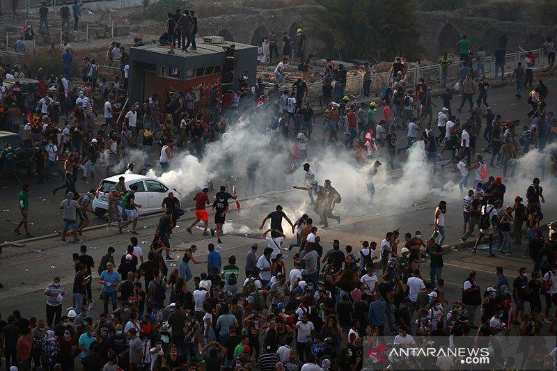 Beirut rusuh, dua menteri mundur