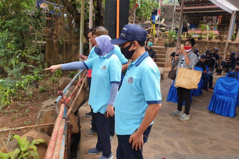 Kemenparekraf gelar Gerakan BISA di destinasi wisata Curug Cinulang Bandung