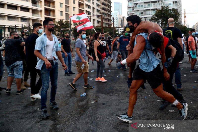 Pascaledakan, pemerintah Lebanon bubar dan PM undur diri