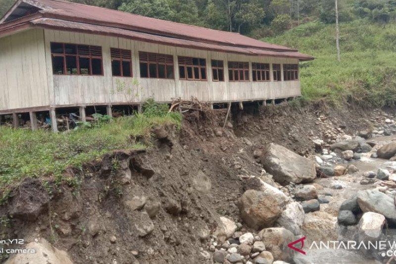 Pemkab Mimika undang berbagai pihak bahas penanganan bencana alam Aroanop