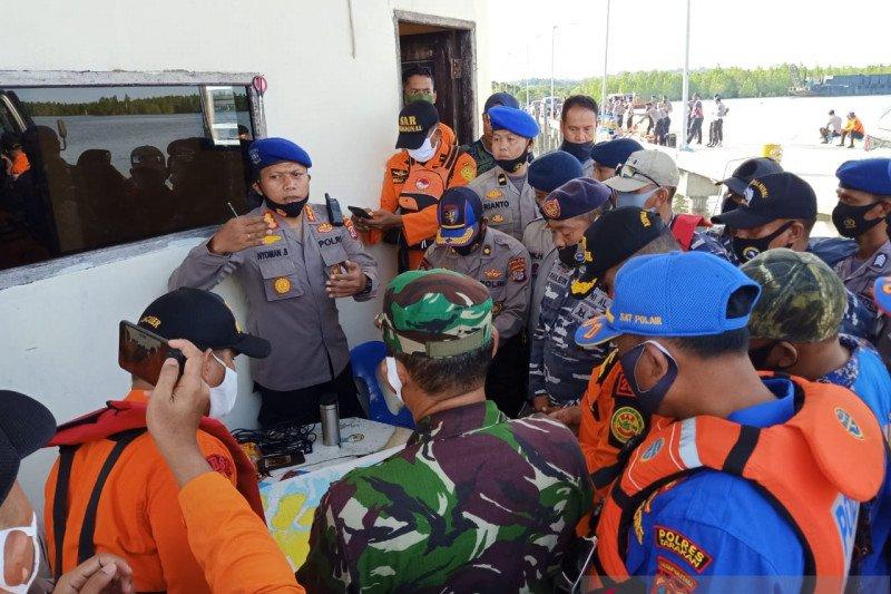 Pencarian personel Polairud Polri korban kecelakaan laut masih berlanjut