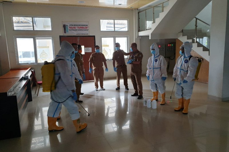 Pejabatnya positif COVID, tes cepat massal akan dilakukan di Kabupaten Waykanan