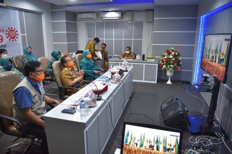 Gubernur dan Ketua PKK Sulteng ikuti sosialisasi COVID-19 melalui virtual