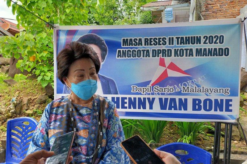Reses di Winangun Dua wakil ketua DPRD Manado bantu masyarakat dengan uang pribadi