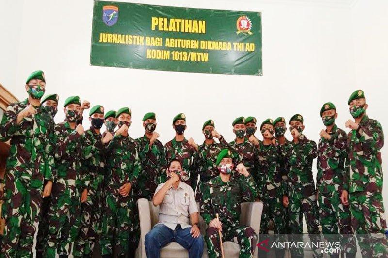 16  bintara Kodim Muara Teweh ikuti pelatihan jurnalistik