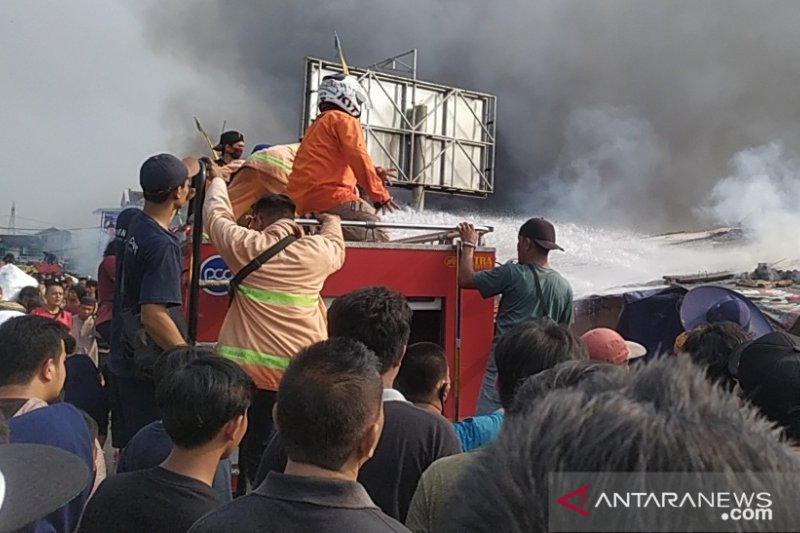 Pemkab Cianjur siapkan tempat penampungan sementara pedagang Pasar Ciranjang