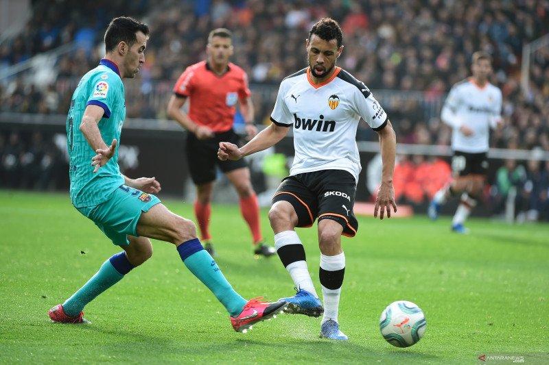 Villarreal rekrut gelandang Valencia Francis Coquelin