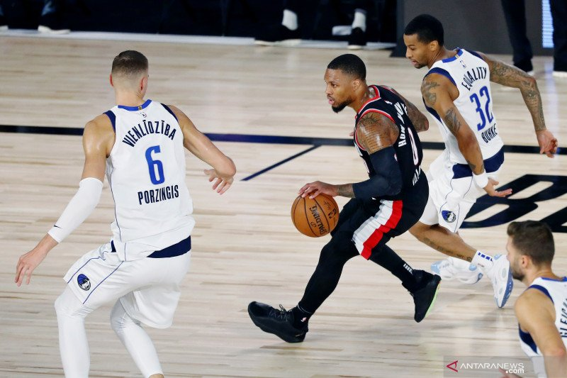 Bintang Portland Damian Lillard dinobatkan MVP di gelembung NBA