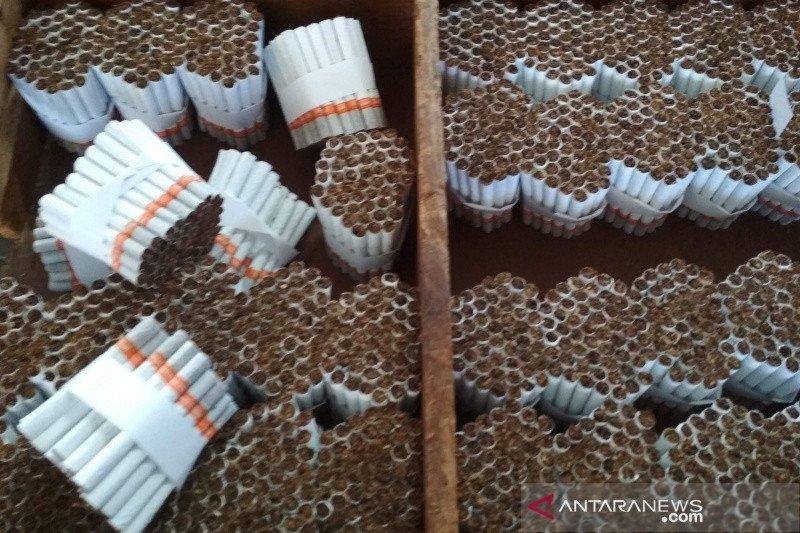 Dongkrak penjualan, produsen rokok perkecil kemasan