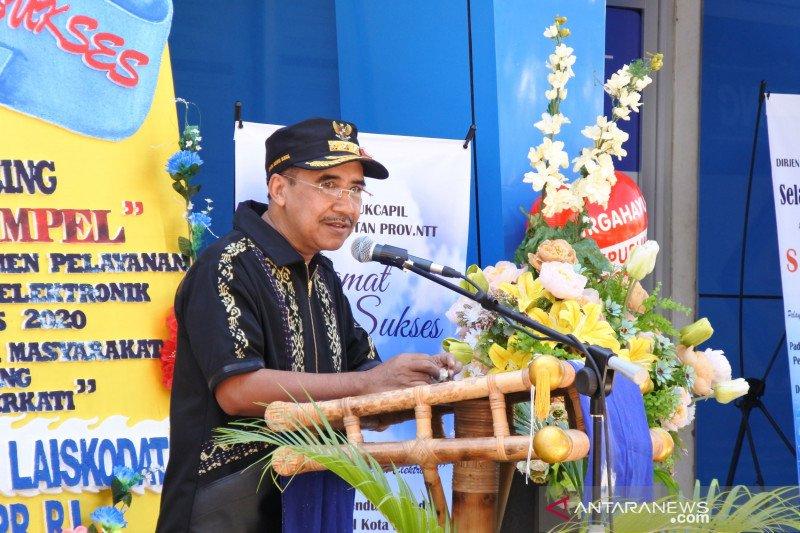 Kota Kupang layani pencetakan KTP-El 24 jam sambut HUT  RI